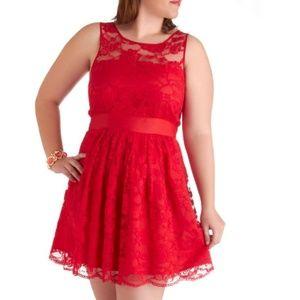 NWT Modcloth BB Dakota Red Lace Party Dress Size 6